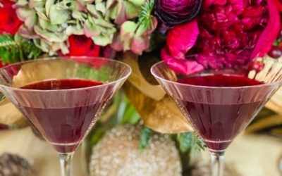 PERFECT POMEGRANATE MARTINI FOR THE HOLIDAYS